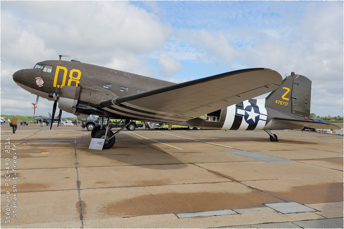 tof#173 DC-3 enregistré aux USA au statique à Langley (VA, USA) en 2016