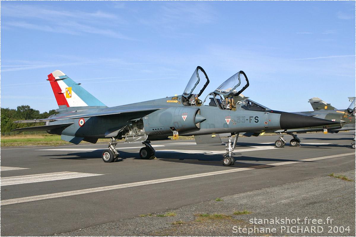 tof#683 Mirage F1 de l'Armée de l'Air française au statique verrière ouverte à Rennes (France) en 2004