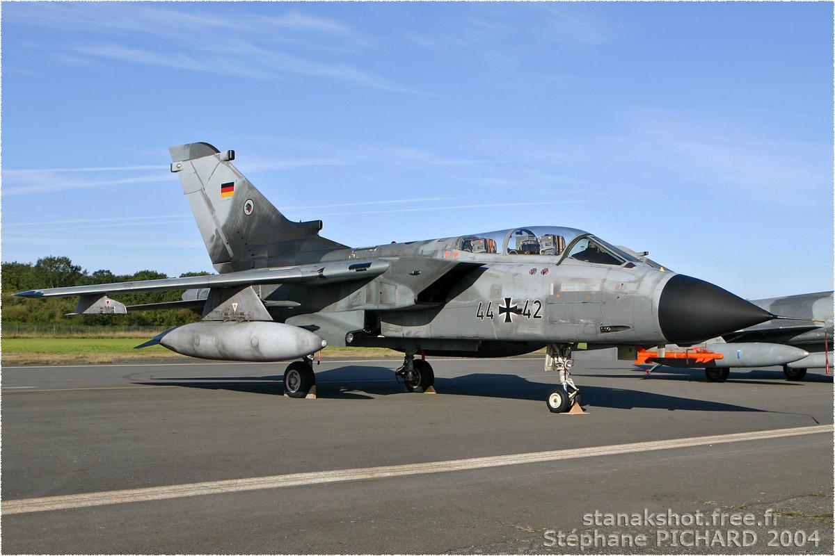 tof#697 Tornado de la Luftwaffe au statique à Rennes (France) en 2004