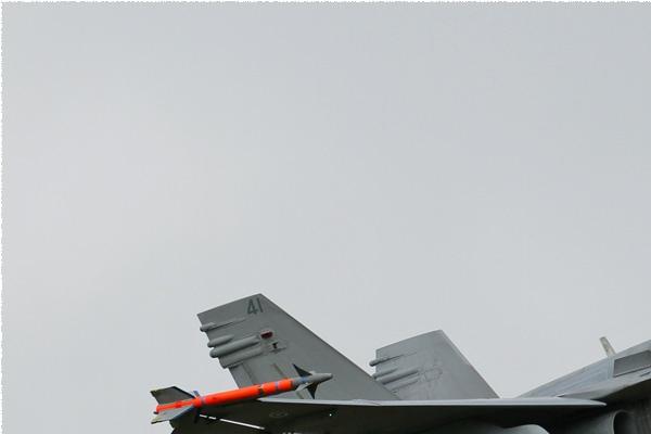 Photo#157-1-McDonnell Douglas F-18C Hornet