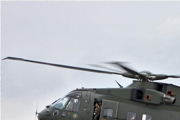 Photo#250-1-EHI Merlin HC3