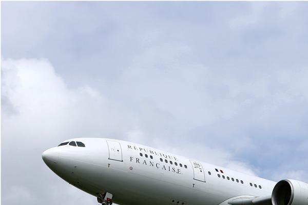 Photo#354-1-Airbus A330-223