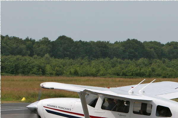 Photo#490-1-Cessna T206H Turbo Stationair