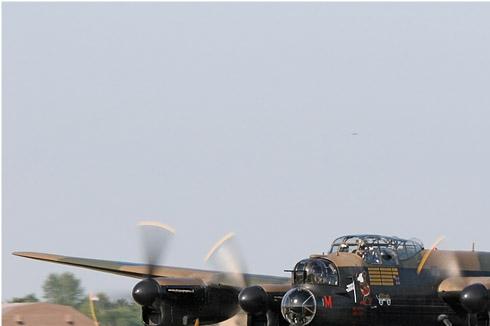 966a-Avro-Lancaster-B-I-Royaume-Uni-air-force