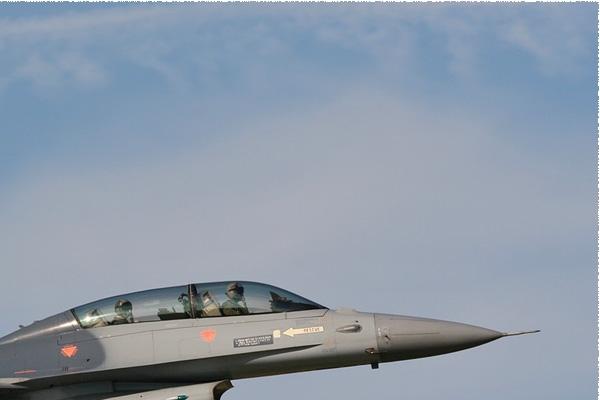 Photo#137-2-General Dynamics F-16BM Fighting Falcon