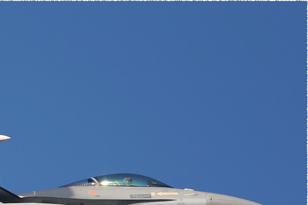 Photo#176-2-General Dynamics F-16AM Fighting Falcon