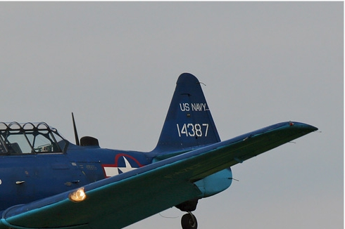 Photo#303-2-North American T-6G Texan