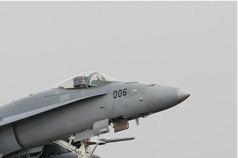 Photo#328-2-McDonnell Douglas F/A-18C Hornet
