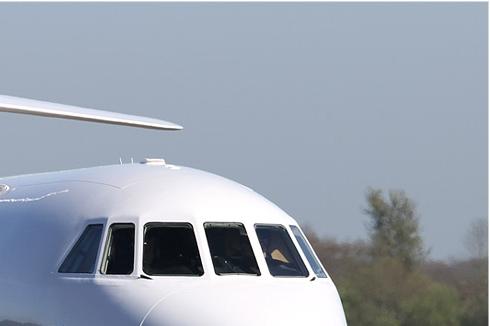 Photo#374-2-Dassault Falcon 900