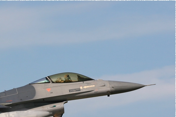 Photo#576-2-General Dynamics F-16AM Fighting Falcon