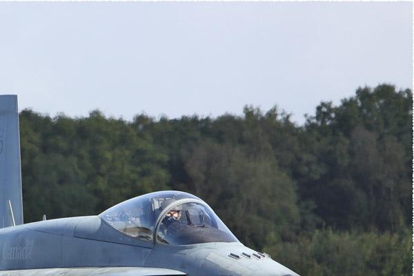 Photo#712-2-McDonnell Douglas CF-188 Hornet