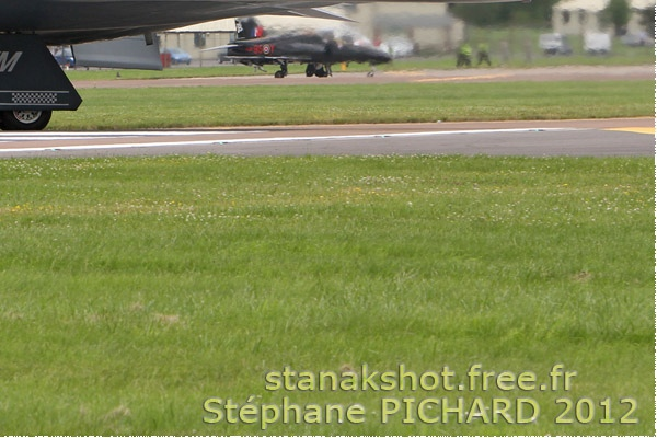 353c-Northrop-Grumman-B-2A-Spirit-USA-air-force