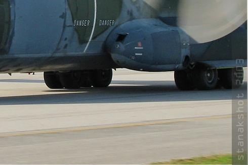 Photo#401-4-Transall C-160R