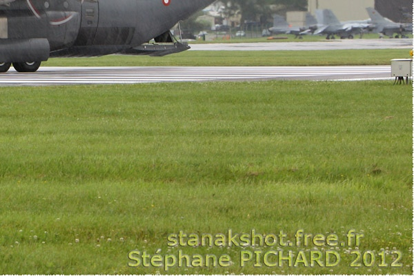 Photo#489-4-Lockheed Martin C-130J-30 Super Hercules