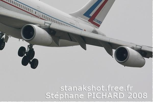 Photo#56-4-Airbus A340-200