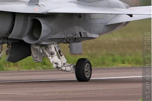 Photo#564-4-McDonnell Douglas F/A-18C Hornet