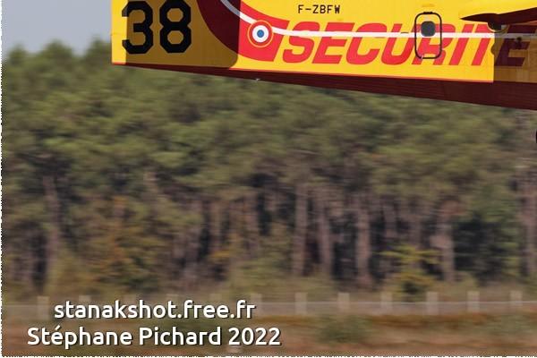 Photo#117-3-Canadair CL-415