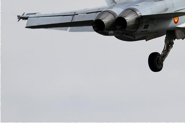 Photo#163-3-McDonnell Douglas EF-18A Hornet