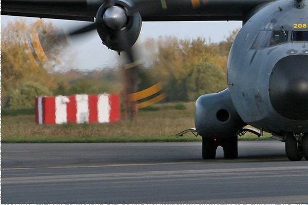 Photo#206-3-Transall C-160R