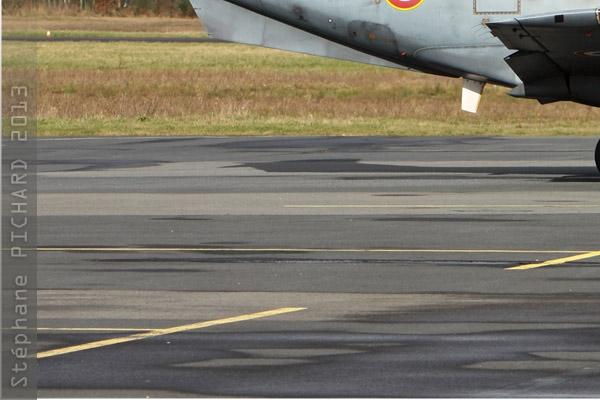 Photo#261-3-Embraer EMB-121 Xingu