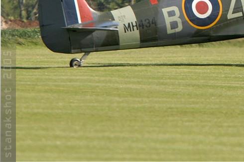 Photo#373-3-Supermarine Spitfire LF9B