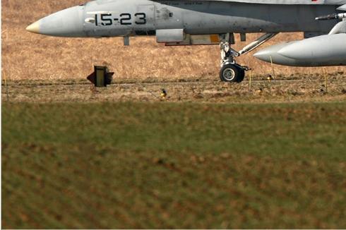 Photo#396-3-McDonnell Douglas EF-18A Hornet