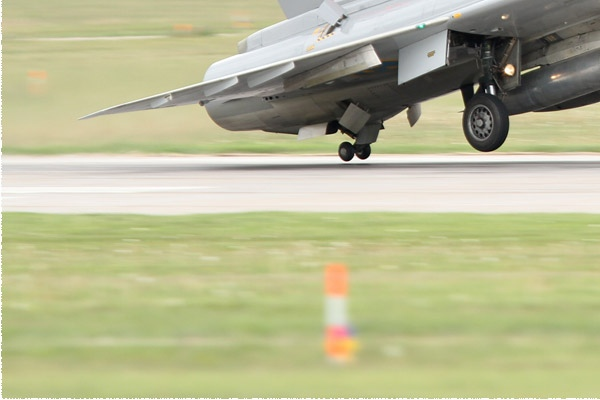 525d-Saab-J35J-Draken-Suede-air-force