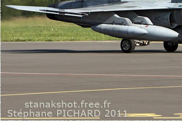 Photo#827-3-McDonnell Douglas CF-188 Hornet