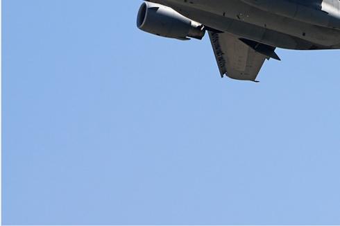 Photo#988-3-Boeing C-17A Globemaster III