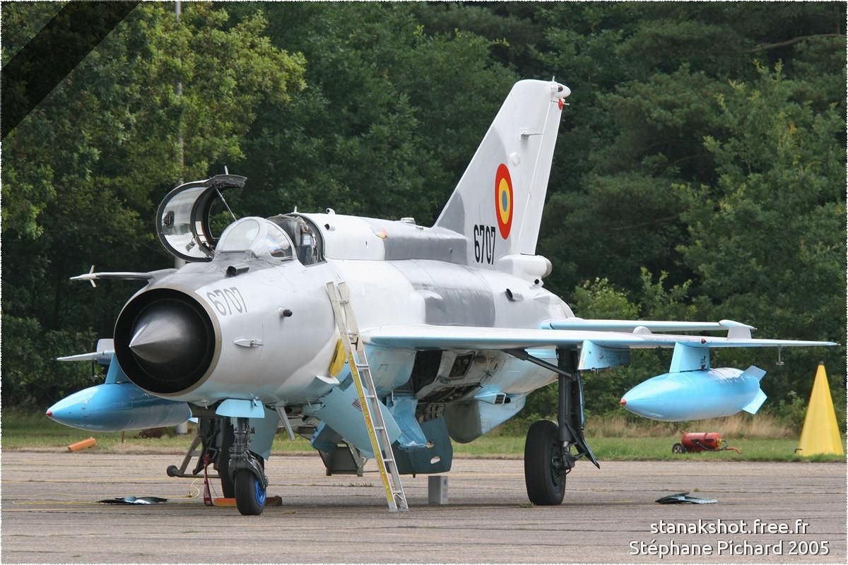 tof#1102 MiG-21 de la Force aérienne roumaine au statique à Kleine-Brogel (BEL) en 2005