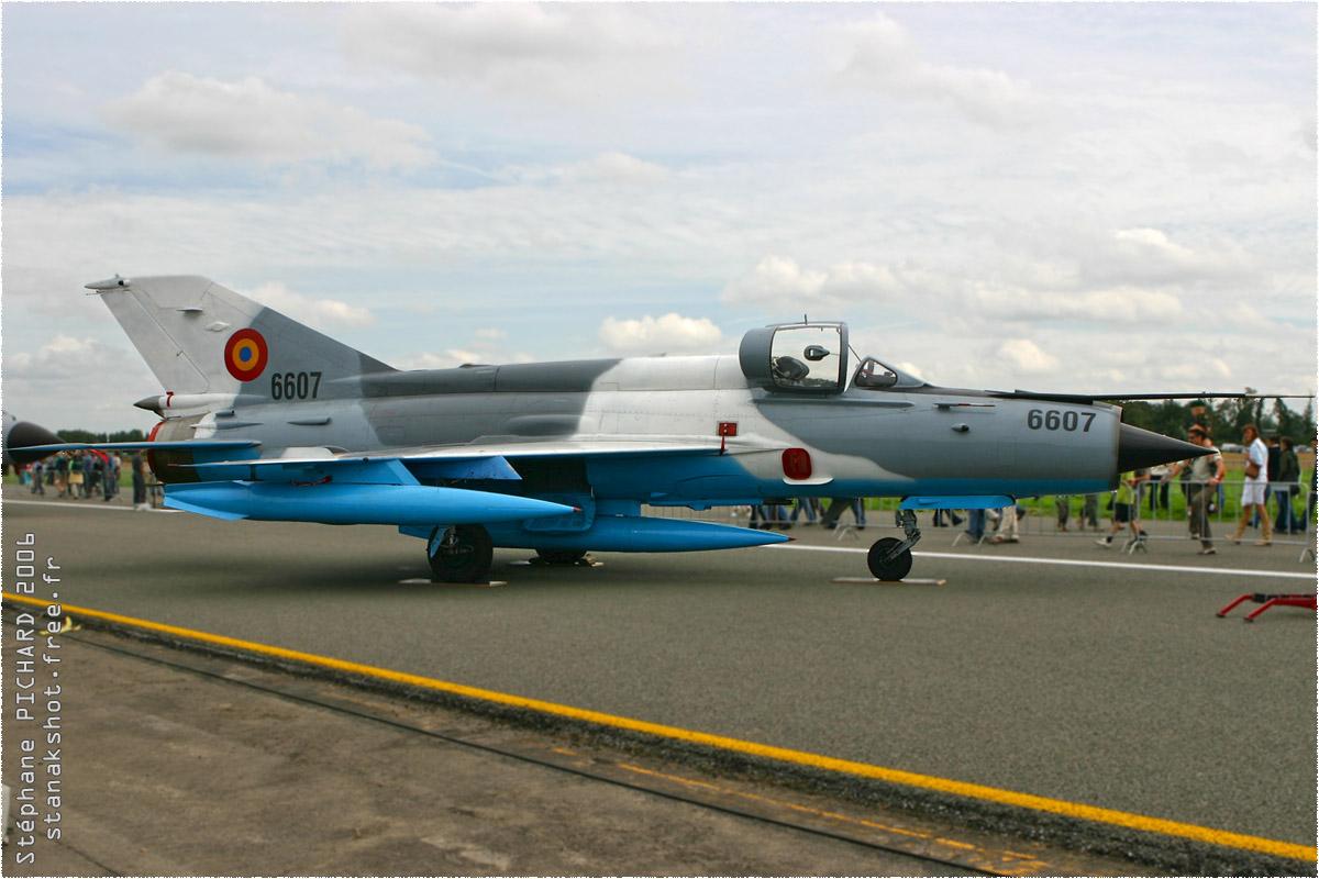 tof#1732_MiG-21_de la Force aérienne roumaine