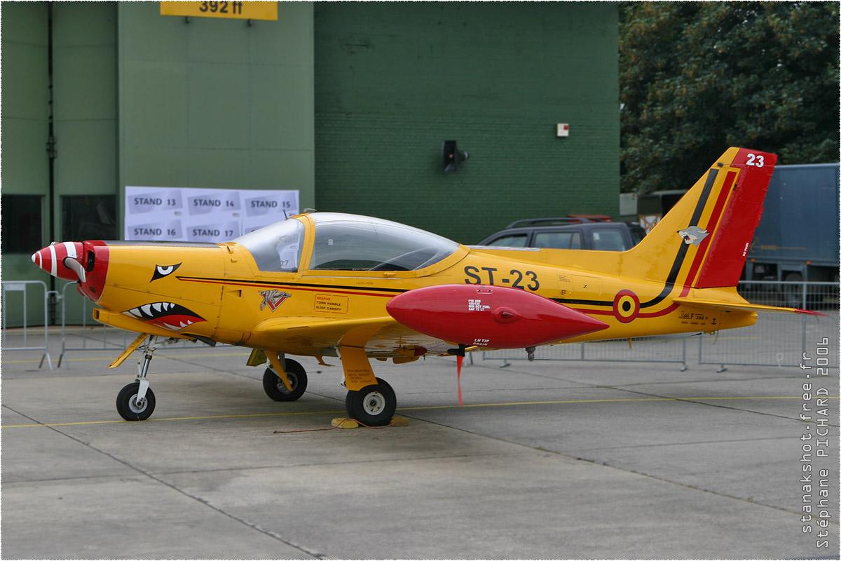 tof#1743 SF.260 de la Force aérienne belge au statique à Beauvechain (BEL) en 2006