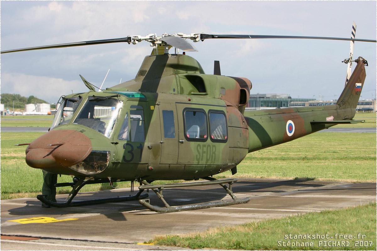 tof#1756_Bell 412_de la Brigade d'aviation et de défense aérienne de l'armée slovène