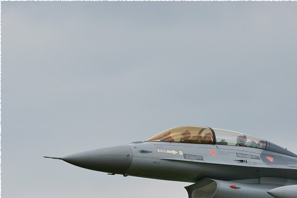 Photo#1033-1-General Dynamics F-16BM Fighting Falcon