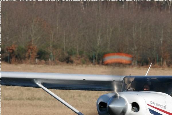 Photo#1041-1-Cessna T206H Turbo Stationair