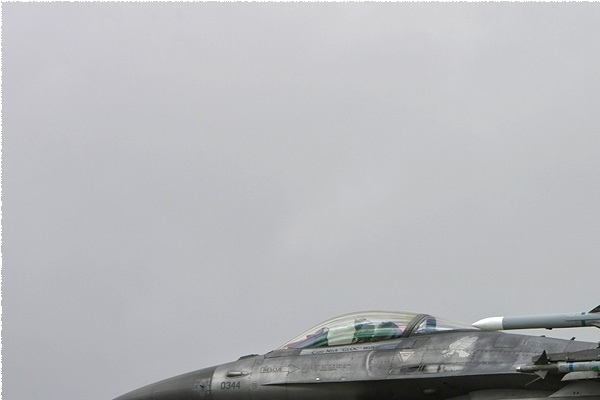 Photo#1104-1-General Dynamics F-16C Fighting Falcon