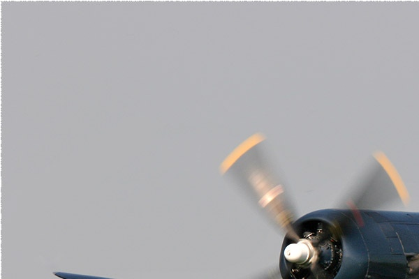 1302a-Chance-Vought-F4U-7-Corsair-France