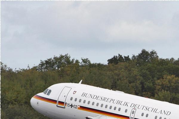 Photo#1351-1-Airbus A319-100 CJ