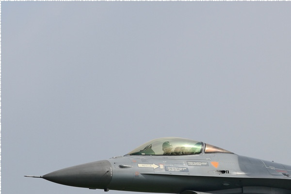 Photo#1557-1-General Dynamics F-16AM Fighting Falcon