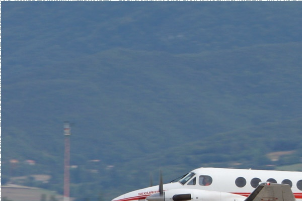 Photo#1835-1-Beech B200 Super King Air