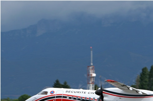 1840a-Bombardier-Dash-8-Q402MR-France-securite-civile