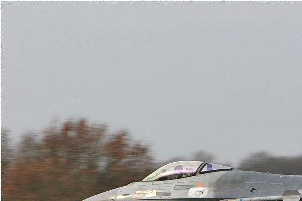 Photo#1883-1-General Dynamics F-16AM Fighting Falcon