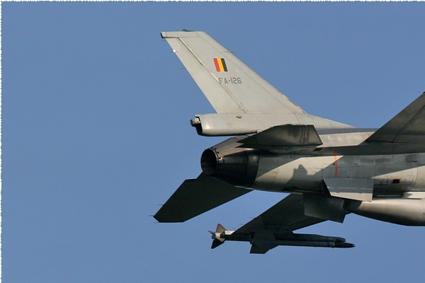 Photo#1884-1-General Dynamics F-16AM Fighting Falcon