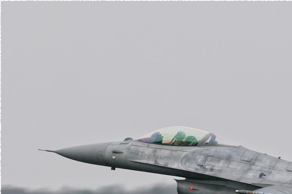 Photo#1996-1-General Dynamics F-16A Fighting Falcon
