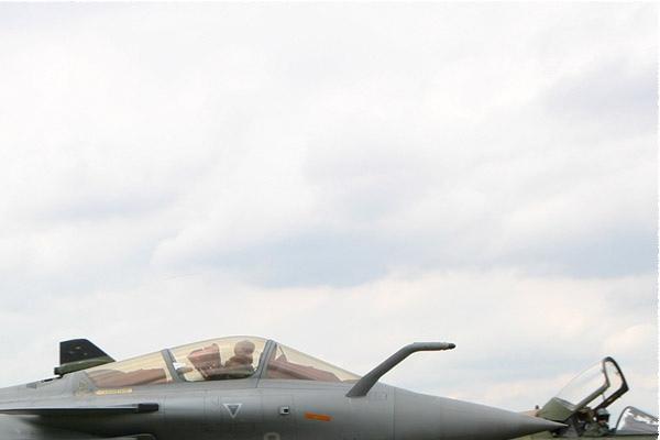 1110b-Dassault-Rafale-M-France-navy