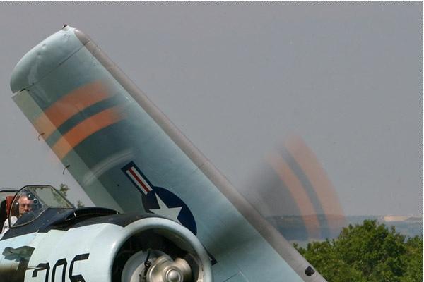 1348b-Douglas-AD-4N-Skyraider-France