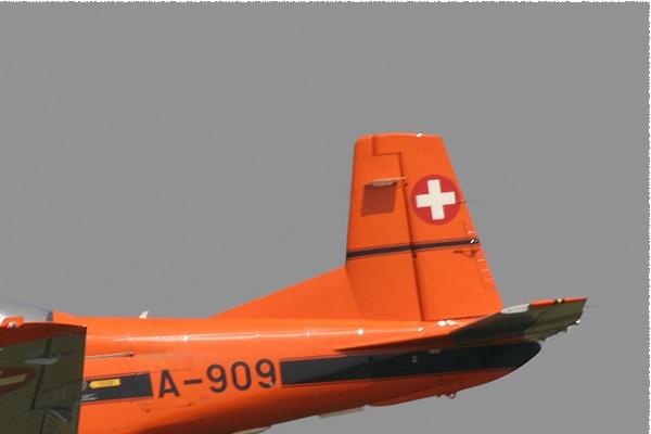 Photo#1500-2-Pilatus PC-7 Turbo Trainer