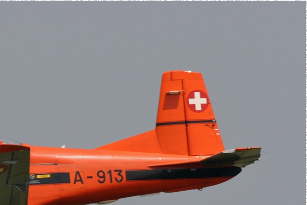 1503b-Pilatus-PC-7-Turbo-Trainer-Suisse-air-force