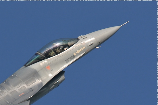 Photo#1882-2-General Dynamics F-16AM Fighting Falcon