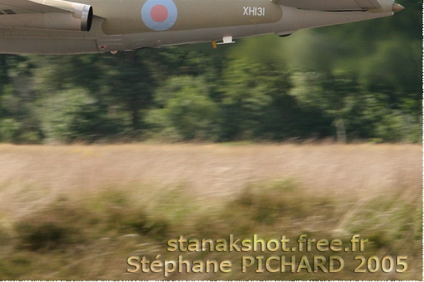 Photo#1030-4-English Electric Canberra PR9